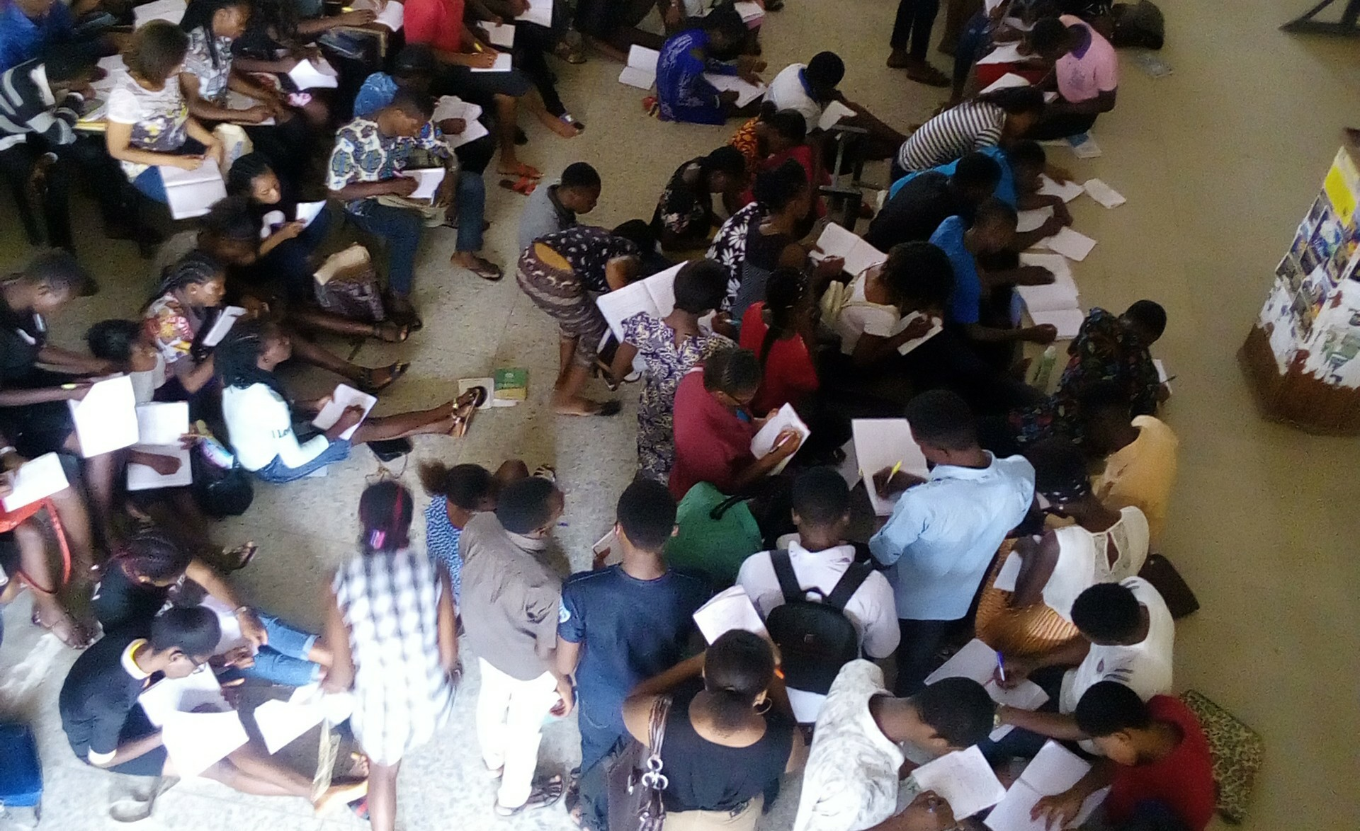 DELSU: 100L Students Receiving Lectures Sitting On Bare Floor